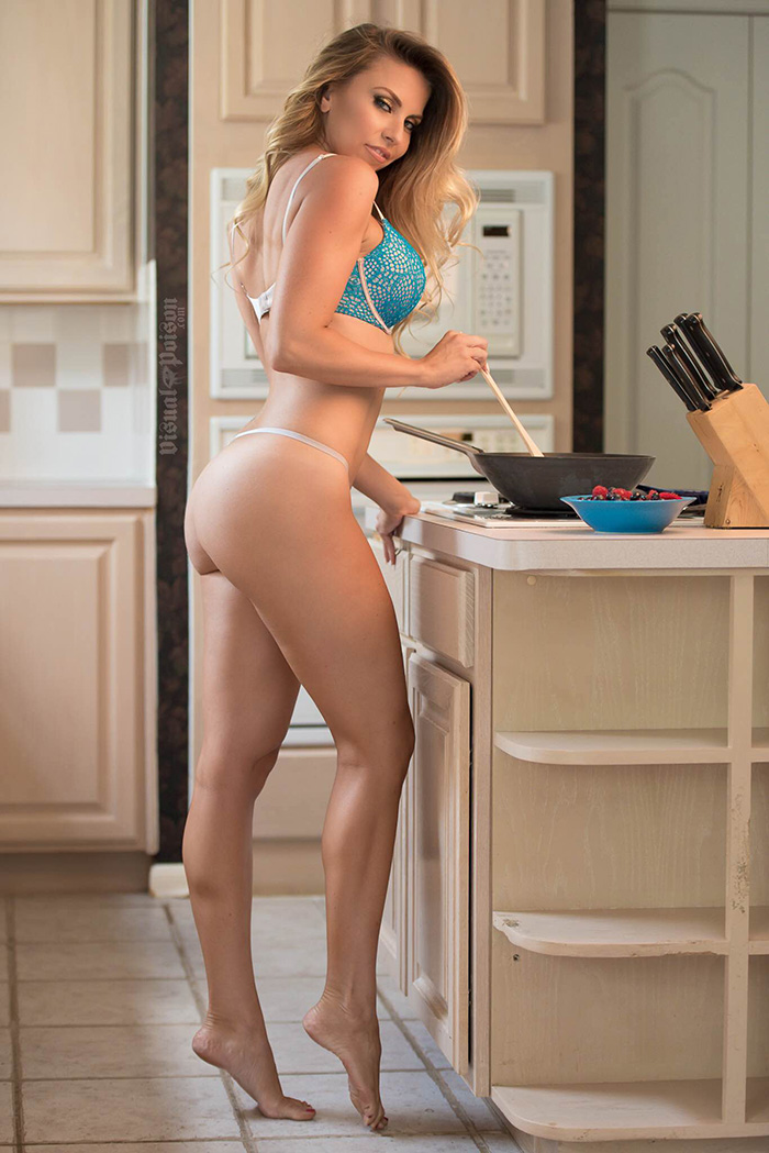 colleen-elizbaeth-cooking-fitness-gurls-01