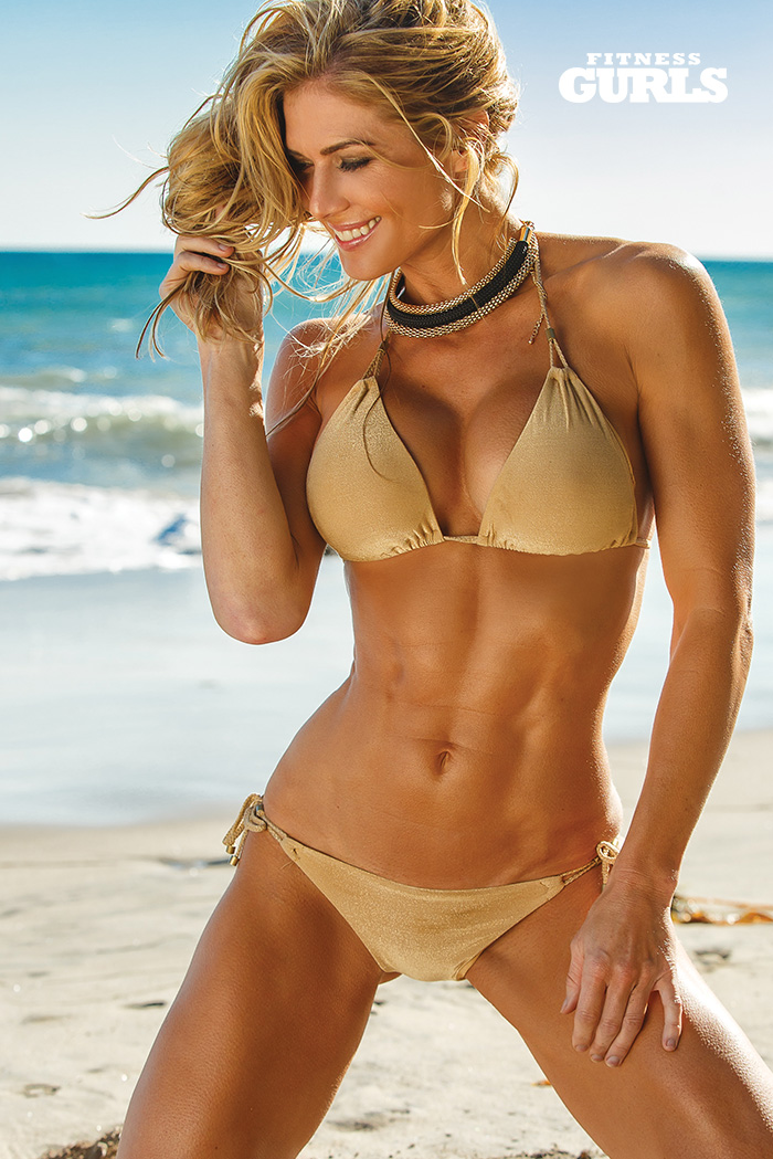 fitness-gurls-swimsuit-torrie-wilson-01
