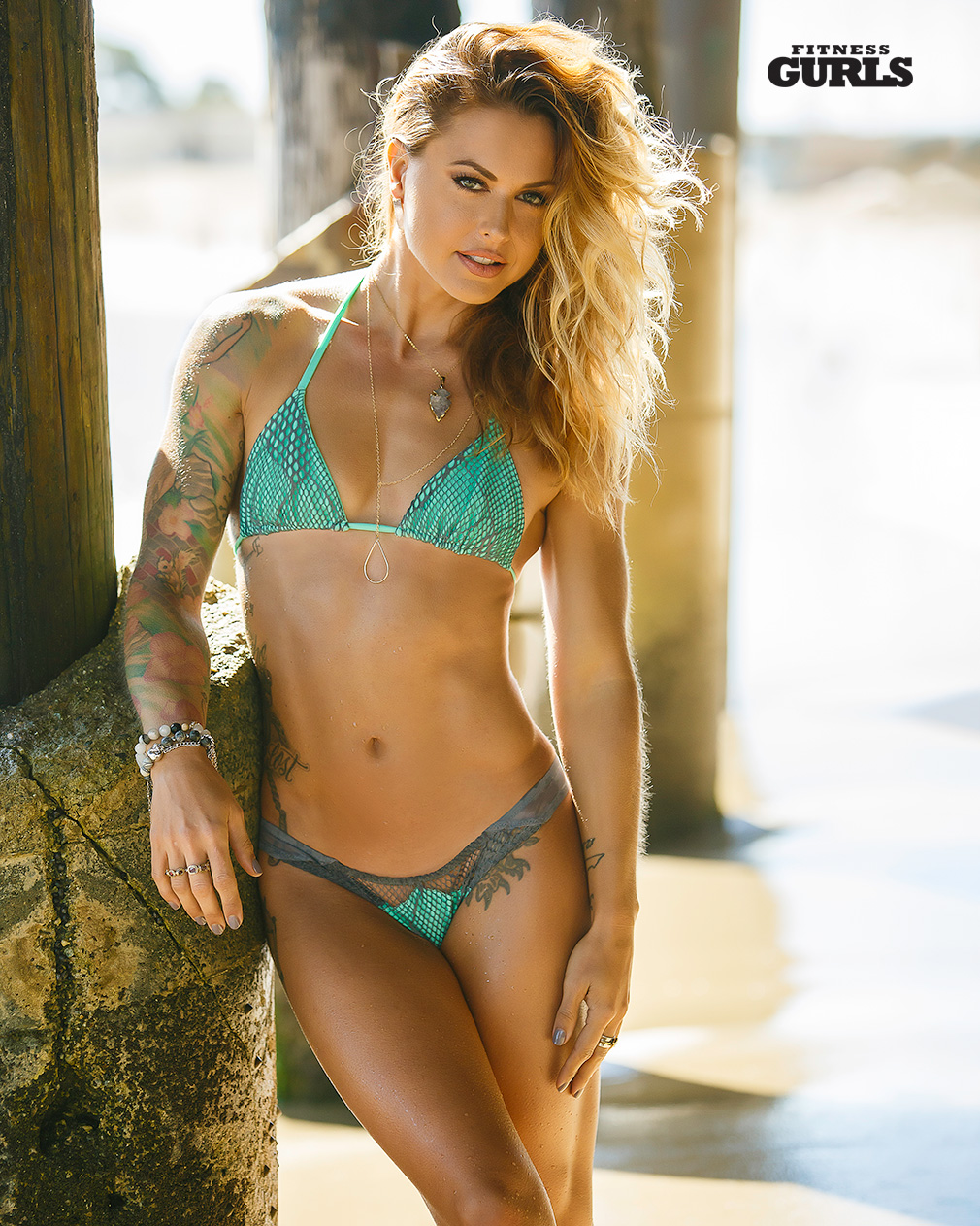 christmas abbott tops our 25 hottest physique list page 3 of 8 fitness gurls magazine